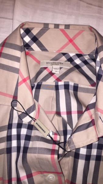 Used Authentic Burberry Shirt Unused in Dubai, UAE
