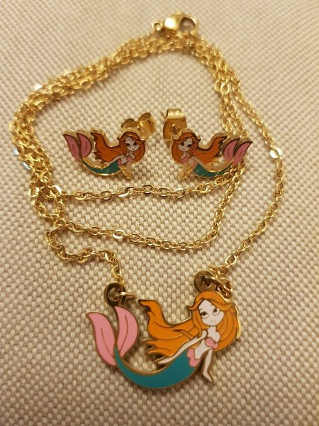Used Disney the little mermaid set in Dubai, UAE