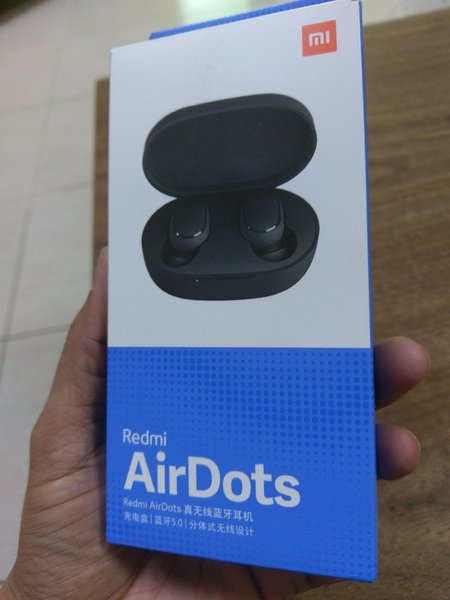 Used Xiaomi mi airdot Brand new Box pack in Dubai, UAE