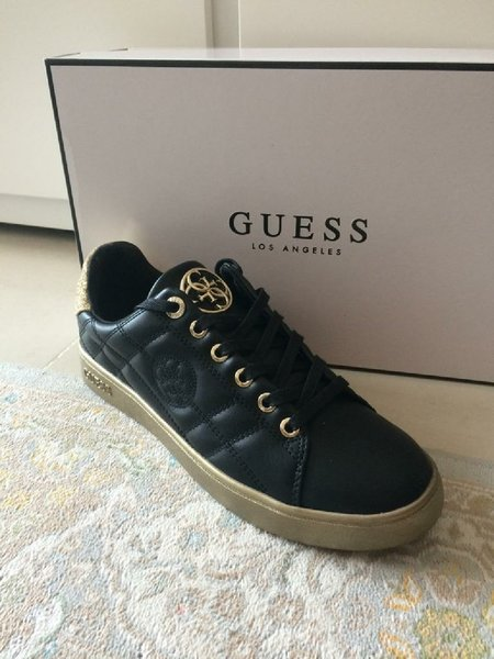 New guess shoes size 38, p342746
