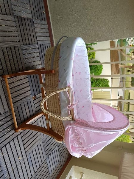 Used Mothercare Moses Basket 0to6 months in Dubai, UAE