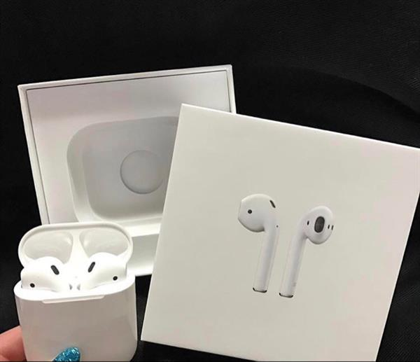 Used Apple AirPod  in Dubai, UAE