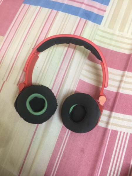 Used JBL E40TB Bluetooth headphones 🎧 in Dubai, UAE