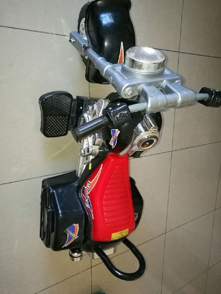 Used Chargeable boys bike with charger in Dubai, UAE