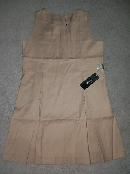 Used Threads pinafore for our own school(new) in Dubai, UAE