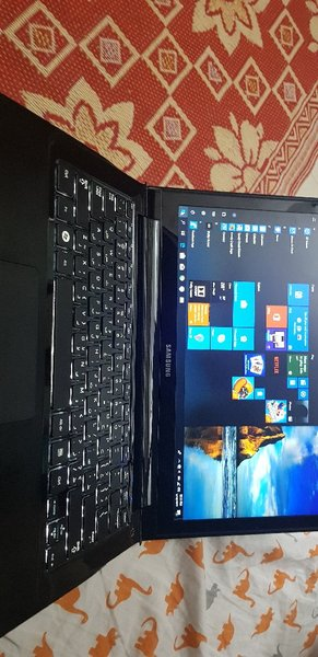 Used Samung laptop,i5 | 256ssd |6gb ram in Dubai, UAE
