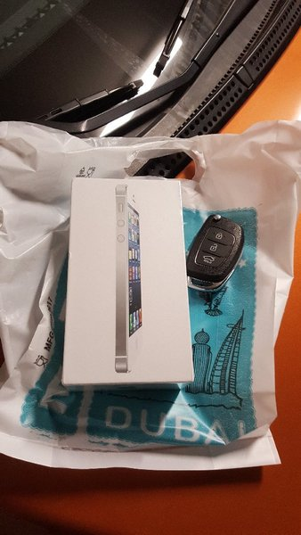 Used IPhone 5: silver color! BUY now! SEALED! in Dubai, UAE