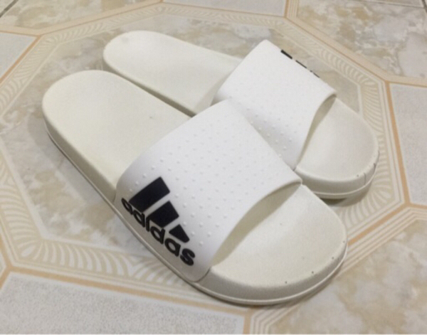 Used Mens slippers class A(size 43) in Dubai, UAE