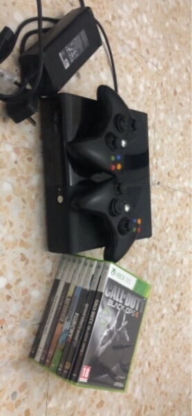 Used Xbox 360 9games 1 game is in xbox store in Dubai, UAE