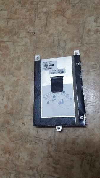 Used Toshiba 320gb Hdd and Hp orignal charger in Dubai, UAE