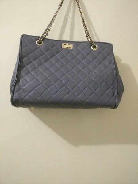 Used Shoulder Hand Bag in Dubai, UAE