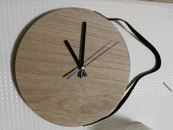 Used Nice wooden basic clock for living room in Dubai, UAE