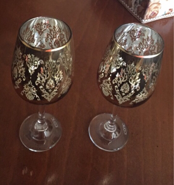 Used Decoration set two Glass in Dubai, UAE