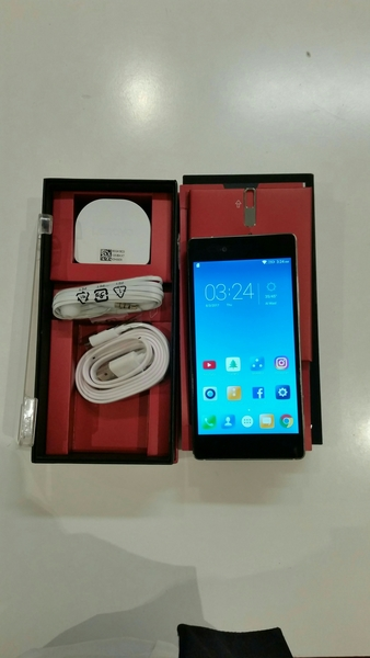Used Lenovo Vibe Slot Smartphone 32 GB 3 GB Ram With Box Pack 🎁 All Accessory, Normal Used.  in Dubai, UAE