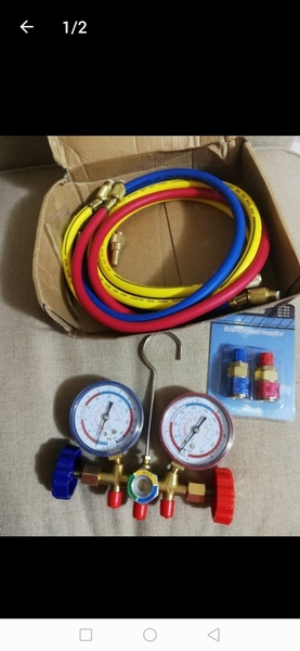 Used A/C and Frige Gas Measurement Gauge New in Dubai, UAE