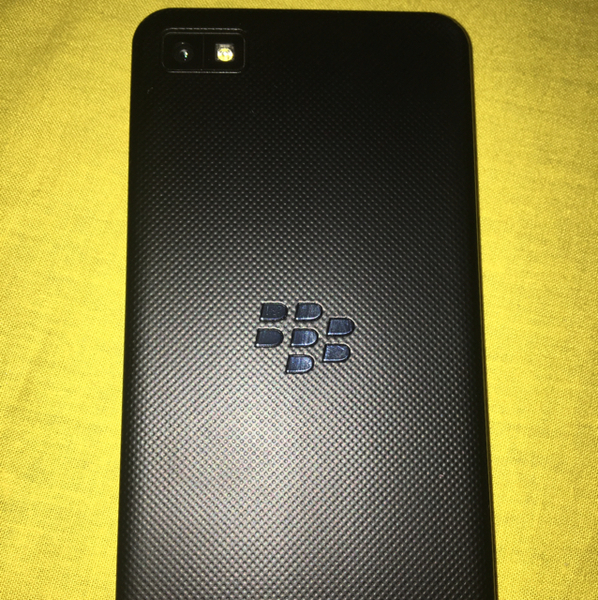 Used BlackberryZ10 10/9 Condition Only Mobile No Box And Accessories  in Dubai, UAE
