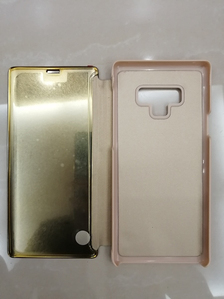 Used Glass screen phone case new in Dubai, UAE