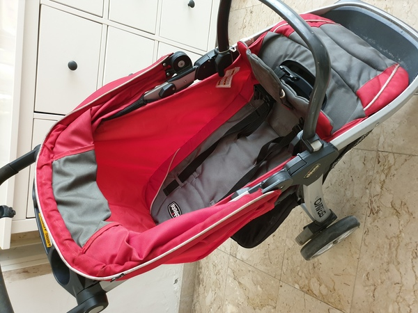 Used chicco  bravo stroller in Dubai, UAE