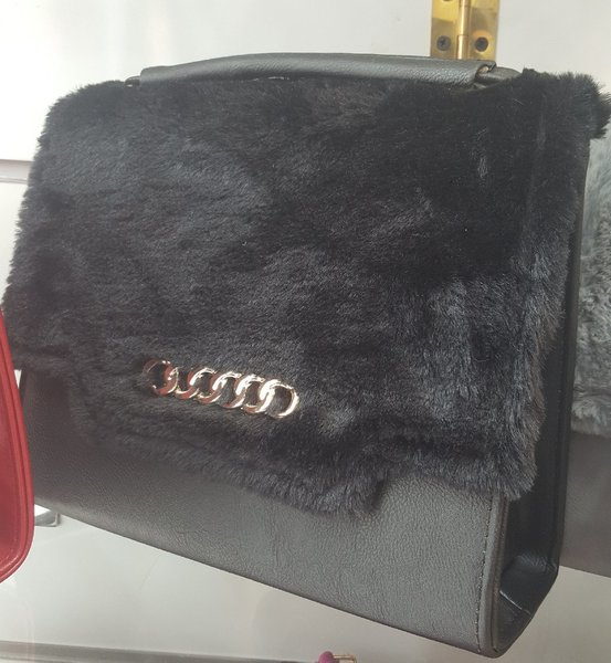 2 for 1 ladies bag with matching wallet