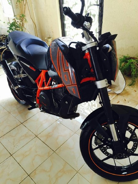 Used ktm 690 duke 2014 ,only 8000 km done in Dubai, UAE