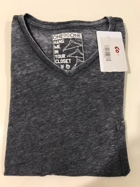 Used NEW ONE90ONE T-shirt Size XL Color Grey. in Dubai, UAE