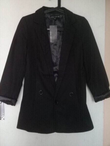 Used Zara Ladies Coat SALE! in Dubai, UAE