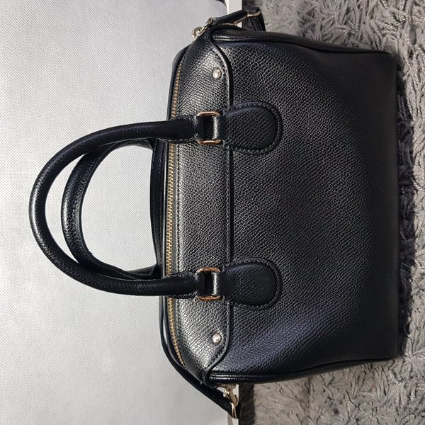 Used Pre Loved COACH Mini Bennett Satchel in Dubai, UAE