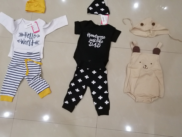 Used Baby new clothing sets in Dubai, UAE