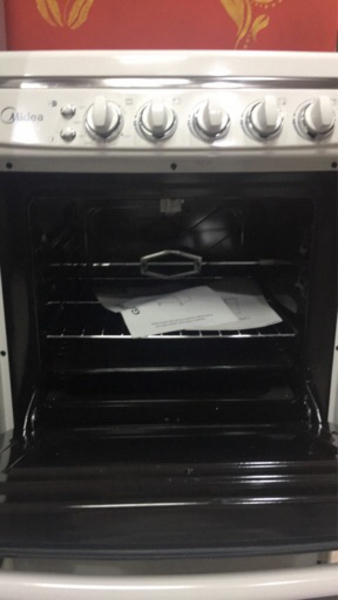 Used Gas cooker new never used فرن غاز جديد in Dubai, UAE