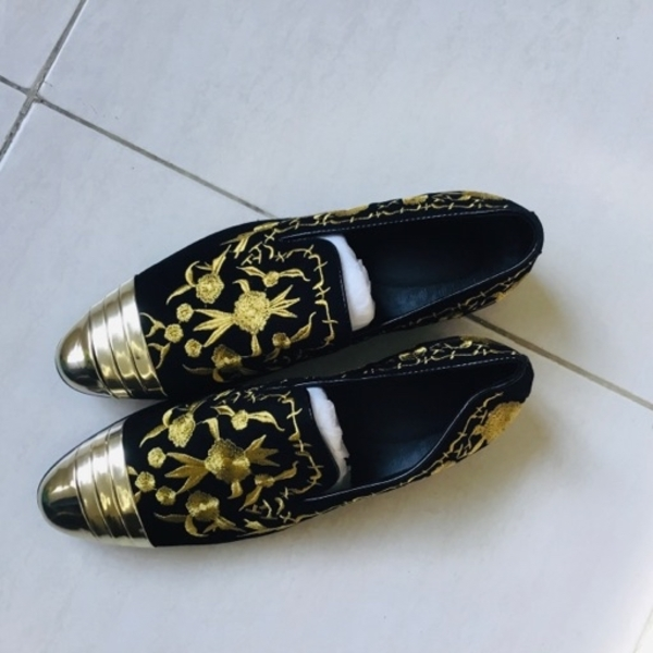 Used Brand New luxurious men shoes size 41 in Dubai, UAE