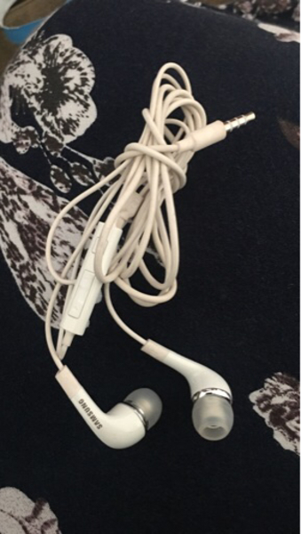 Used Samsung headset in Dubai, UAE