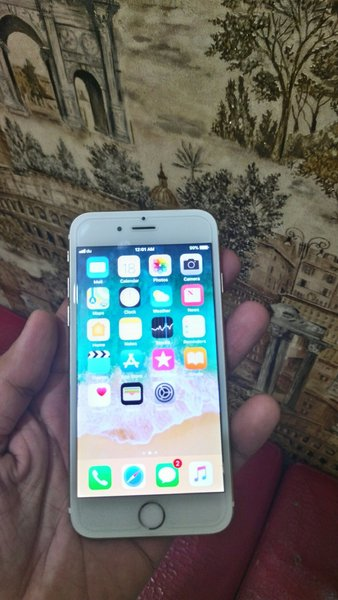 Used Iphone 6s..16 gb.white gold color... in Dubai, UAE