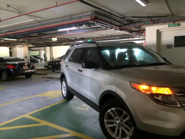 Used Ford Explorer 2014 lady driven 49k only in Dubai, UAE