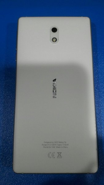 Used Nokia 3 +back cover with box and acc in Dubai, UAE