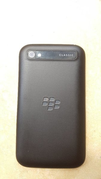 Used BlackBerry q20 classic in Dubai, UAE