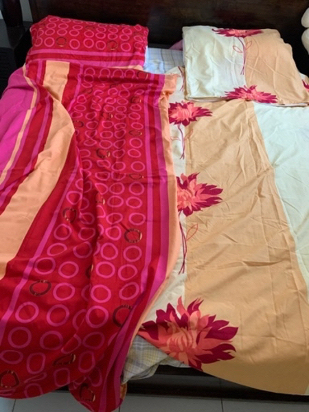 Used 2 blanket and pillow covers in Dubai, UAE