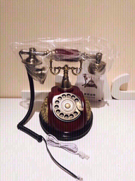 Used Vintage Antic Style telephone plus gift in Dubai, UAE