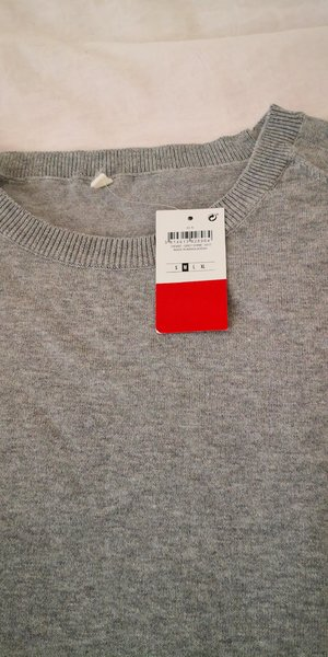 Used Sweater long sleeve top shirt cotton in Dubai, UAE