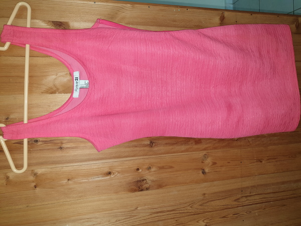 Used Hot pink Forever 21 Dress size S in Dubai, UAE