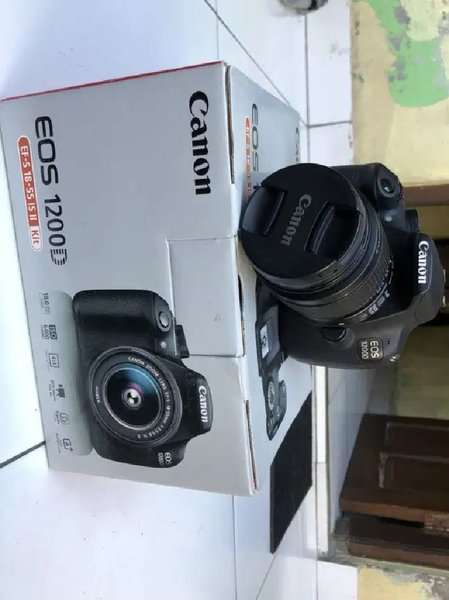 Used Canon 1200D with 18-55mm lens in Dubai, UAE