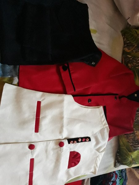 Used 2 party wear dress for boys age 5 to 6 y in Dubai, UAE