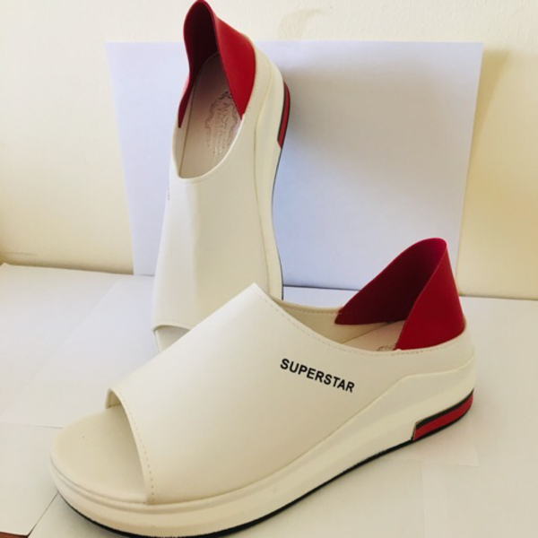 Used Duel breathable heightening shoe Size:40 in Dubai, UAE