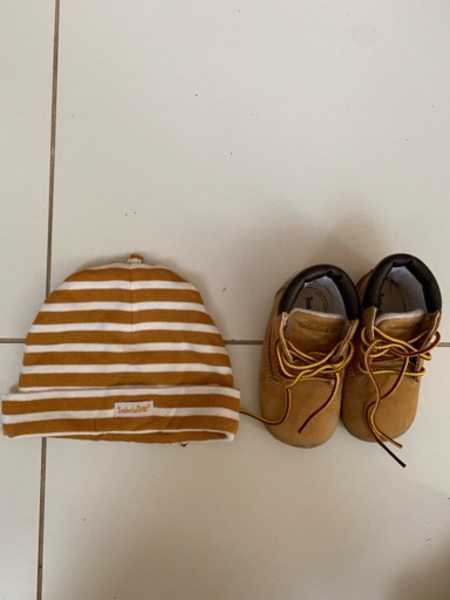 Used Shoes and hat 9 months in Dubai, UAE