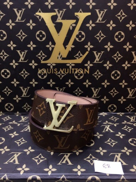 Used Louis Vuitton belt in Dubai, UAE