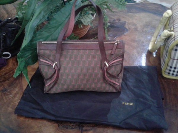 Used Preloved Fendi bag in Dubai, UAE