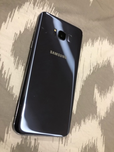 Used Galaxy s8 plus dot what app me in Dubai, UAE