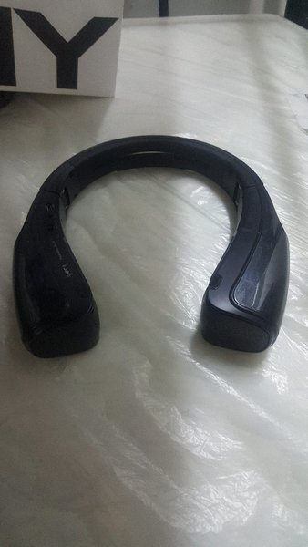 Used OriginalXplode Bluetooth NFCspeakerStand in Dubai, UAE