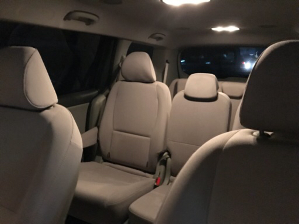 Used Kia carnival 0569007868 in Dubai, UAE