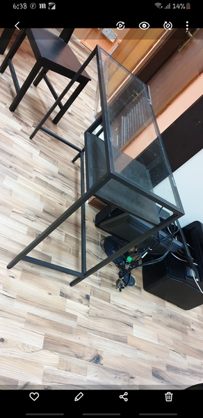 Used Desk with glass top in Dubai, UAE