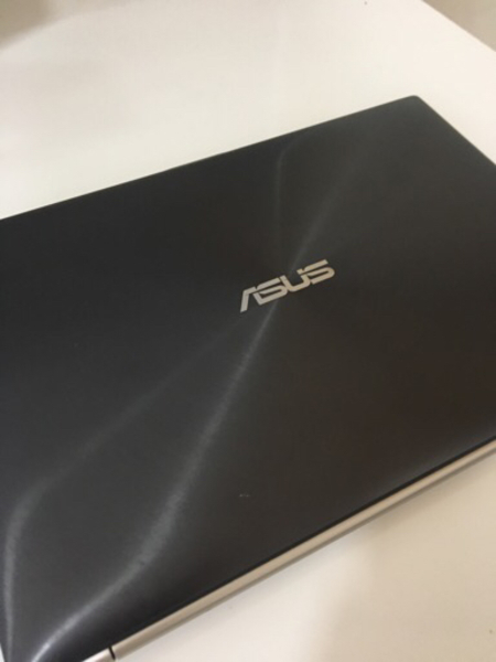 Used Asus ZenBook UX31 laptop *Damaged* in Dubai, UAE